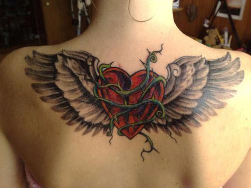tatuajes corazones alas 4 - tatuajes de corazones
