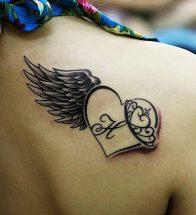 tatuajes-corazones-nombres-iniciales-frases (3)