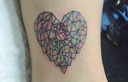 tatuajes-corazones-rosas (2)