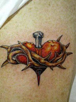 tatuajes-corazones-rotos-apuñalados (2)