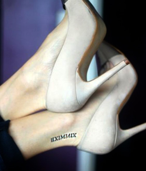 tatuajes numeros romanos pie - tatuajes de números romanos