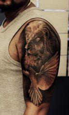tatuajes-palomas-para-hombres-4