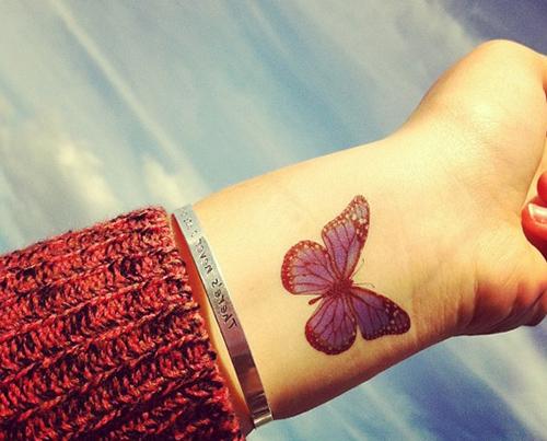 mejores tatuajes de mariposas para mujeres 1