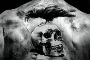 portada tatuajes de calaveras hombres 300x200