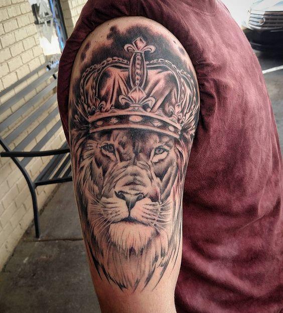 tattoo leones corona 1 - leones