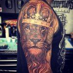 tattoo leones corona 4 150x150