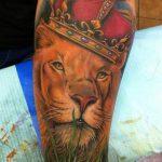 tattoo leones corona 6 150x150