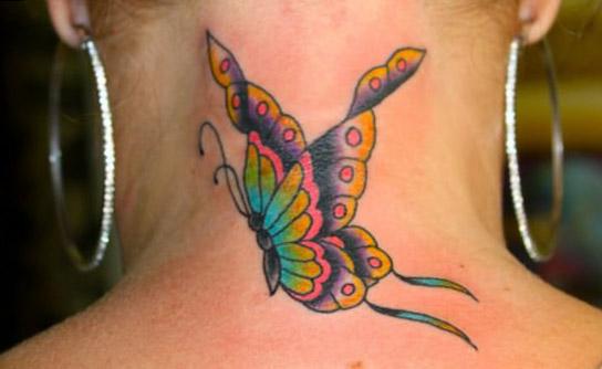 tattoo mariposa cuello flores 2 - tatuajes de mariposas