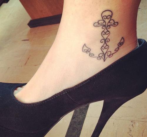 tatuajes anclas mujer significado 4 - tatuajes de anclas