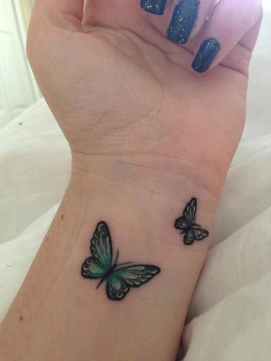 tatuajes con mariposas muñeca pequeño 2 - tatuajes de mariposas