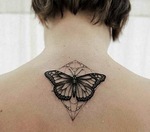 tatuajes de mariposas espalda arriba 2