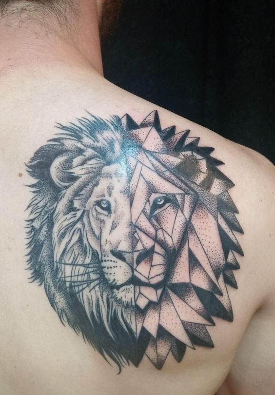 tatuajes leon espalda 2