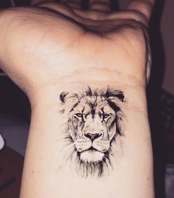 tatuajes pequeños leones 3