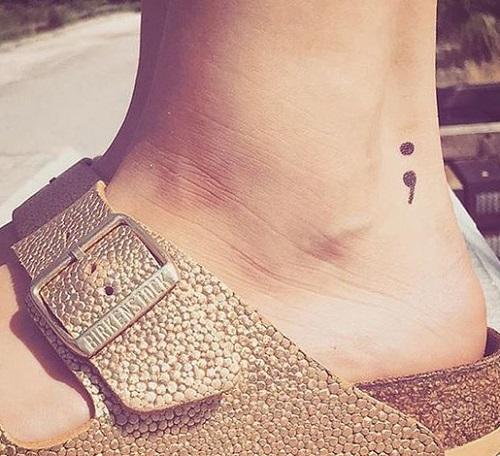 tatuajes punto coma significado 13