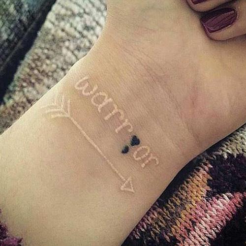 tatuajes punto coma significado 7
