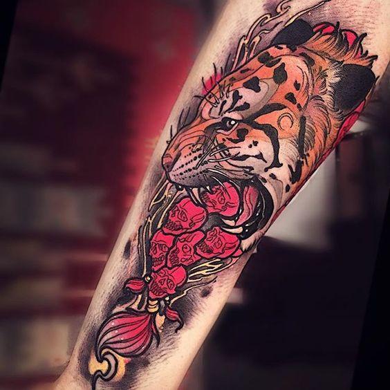 tatuajes tigres brazo hombro 1 - tigres