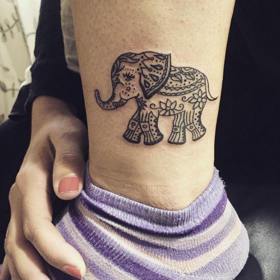 elefantes de mujeres 5 - tatuajes de elefantes