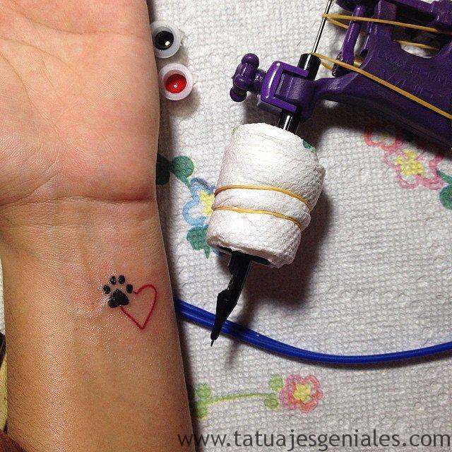 tattoo pequeño muñeca 1 1