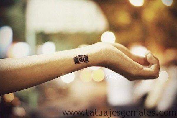 tattoo pequeño muñeca 7