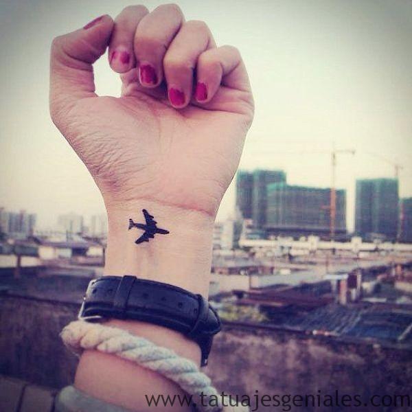 tattoo pequeño muñeca 9