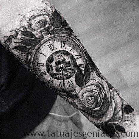 tattoo reloj con rosas 2