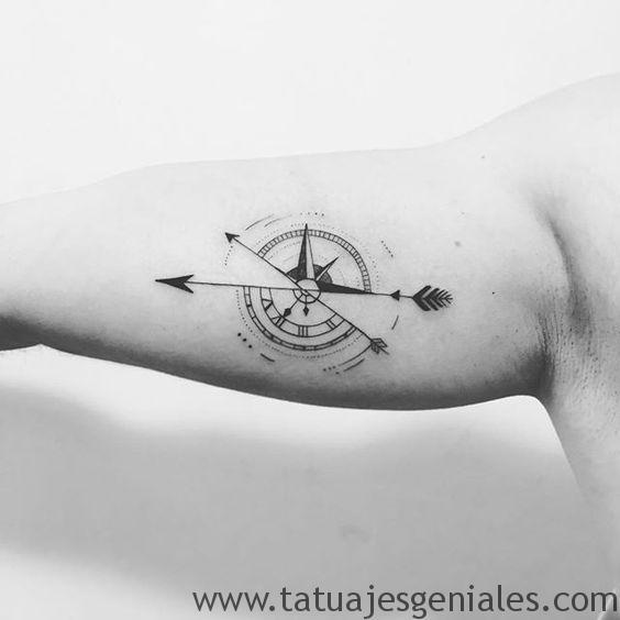 tatuajes brujula hombres 7