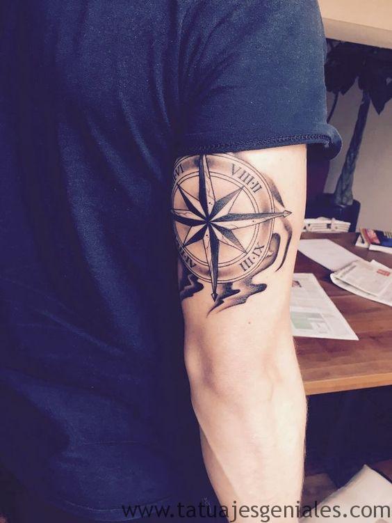 tatuajes brujula hombres 8