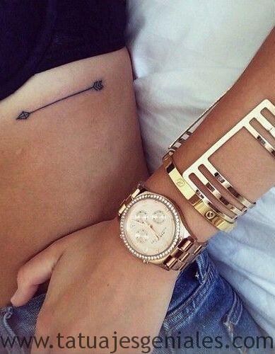 tatuajes costillas mujeres 3