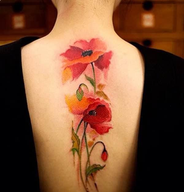 tatuajes de flores en la espalda 12