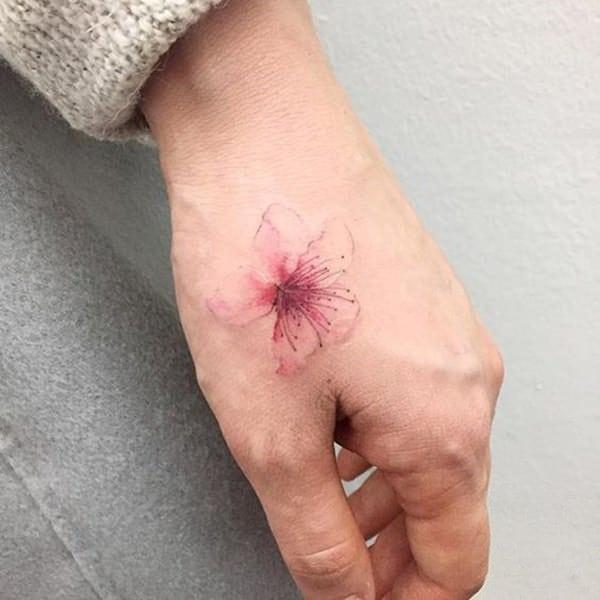 tatuajes de flores para hombre 10