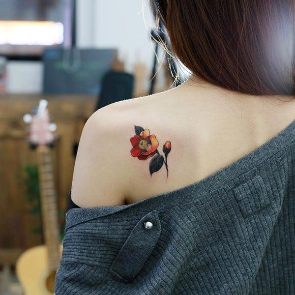 tatuajes de flores para mujeres 6