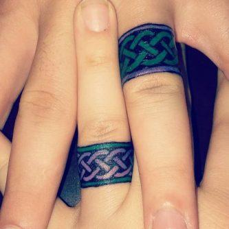 tatuajes de parejas con anillos 6 333x334 -