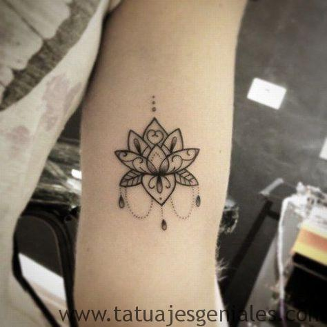 tatuajes flor loto brazo 1