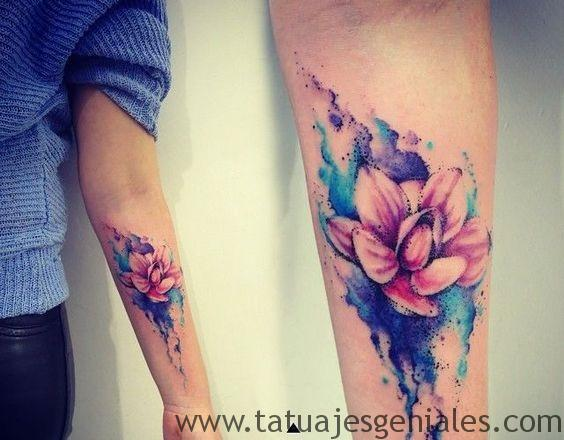 Tatuajes Flor de Loto en hombres