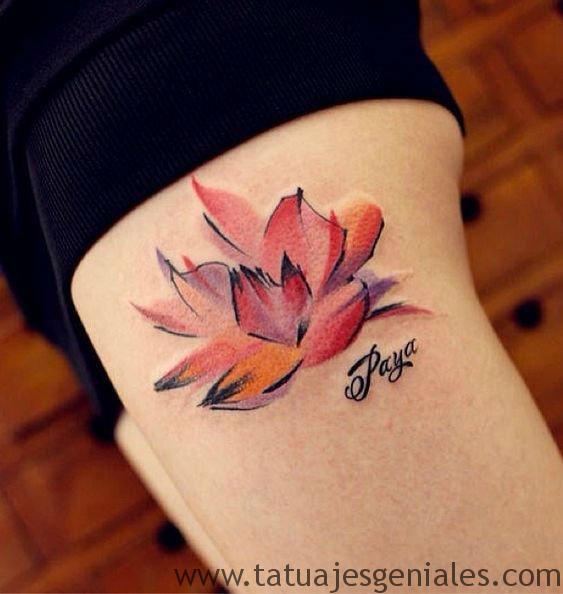 tatuajes flor loto mujeres 6