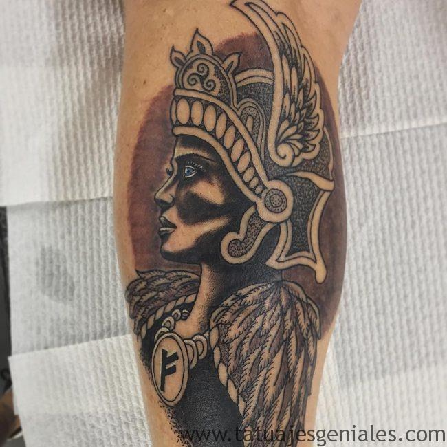tatuajes mujeres vikingas 1