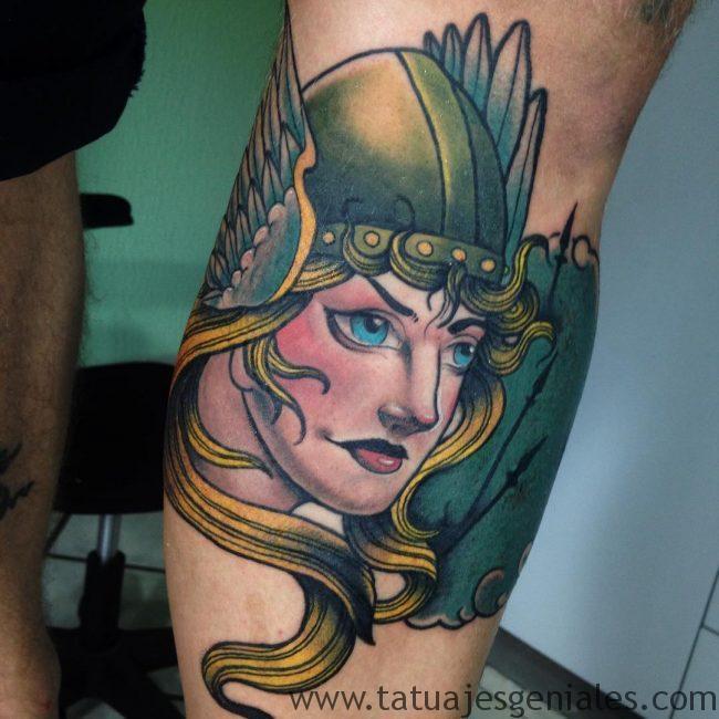 tatuajes mujeres vikingas 2