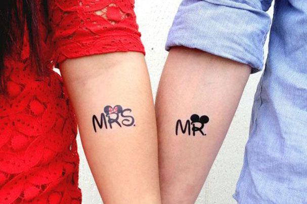 tatuajes para parejas mickey