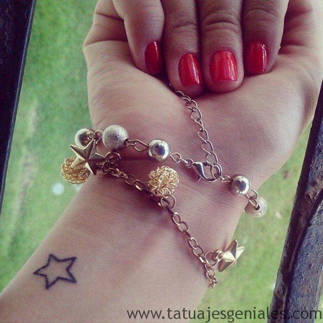 tatuajes pequeños mujer 11