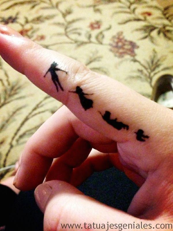 tatuajes pequeños mujer 19 -