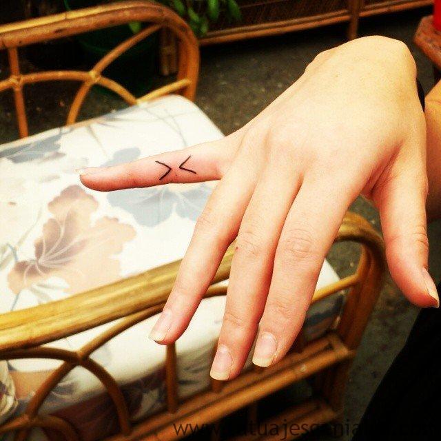 tatuajes pequeños mujer 8