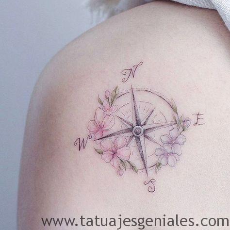 tatuajes rosa nautica mujer 4