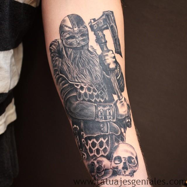 tatuajes vikingos brazo 5 -