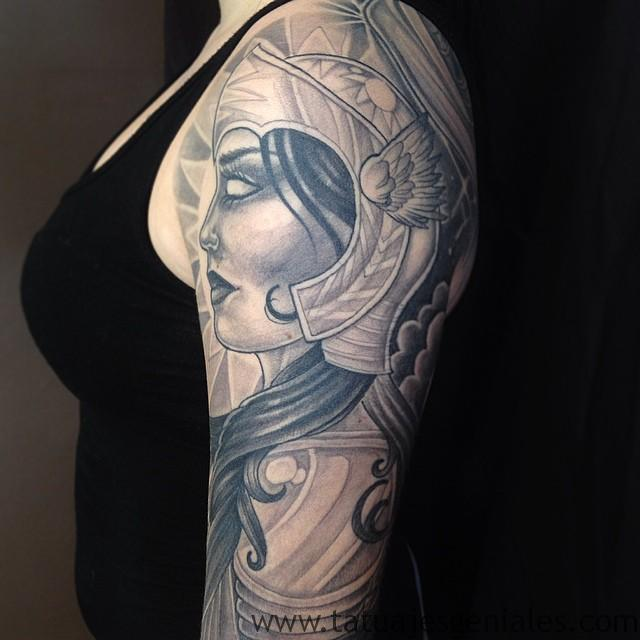 tatuajes vikingos mujeres 6