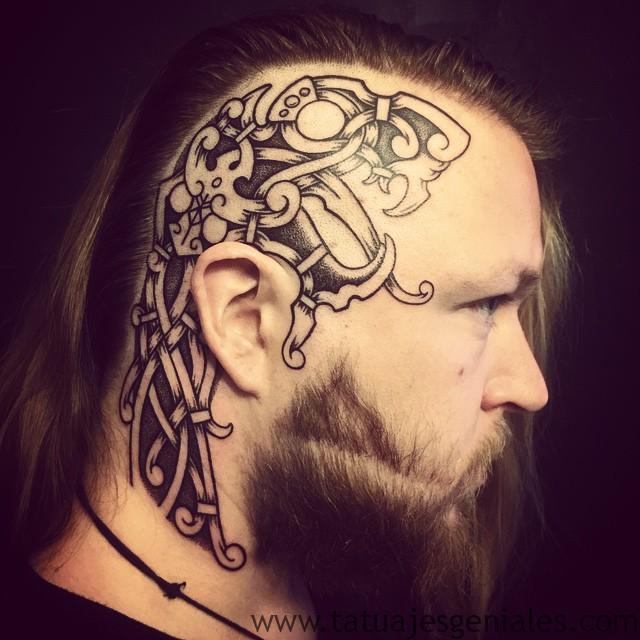 tatuajes vikingos para hombres 4