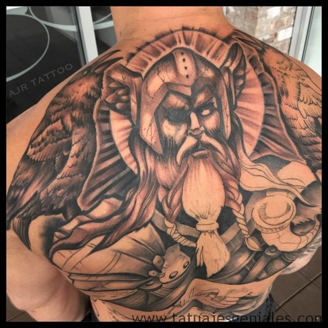 tatuajes vikingos para hombres 5