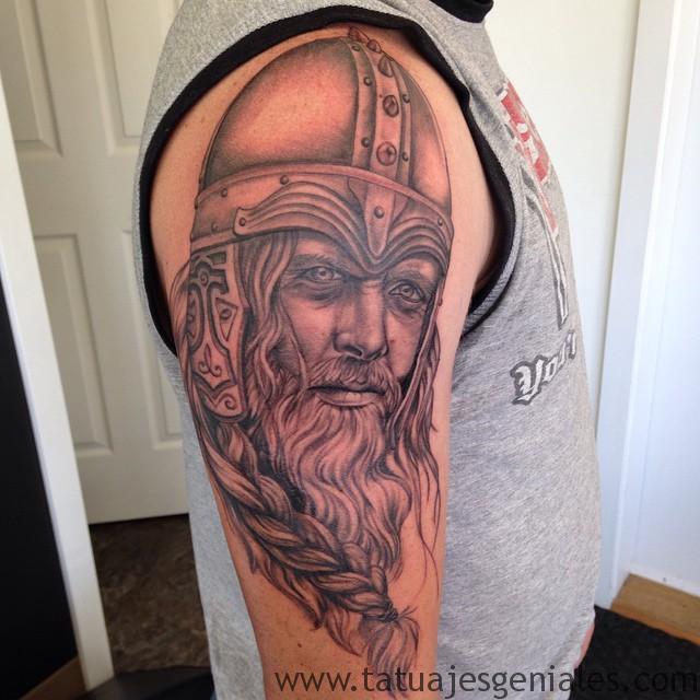tatuajes vikingos para hombres 7 -