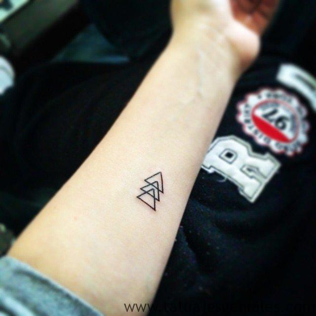 tatus pequeño brazo 3 -