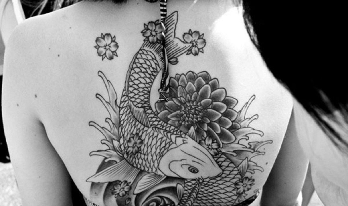 tattoo pez koi carpa portada 1 390x200