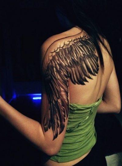 tatuajes de alas en la espalda 3 400x545